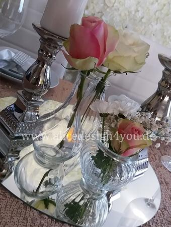 tischdeko-kleine-vasen